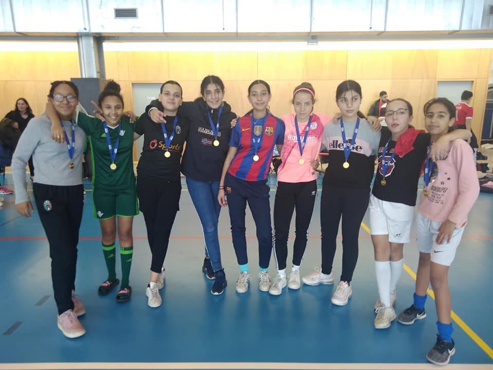 Le collège Lamartine fier de ses championnes départementales de futsal UNSS !